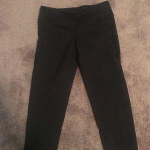 Never been worn! Zella crop leggings mid rise
